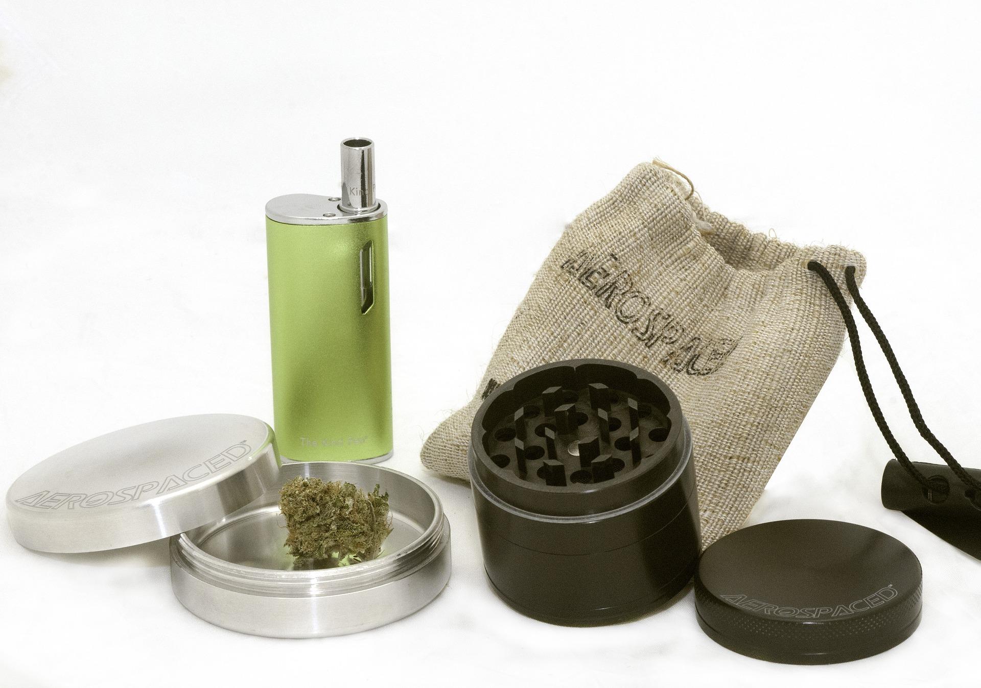 marijuana Kit-2690984_1920